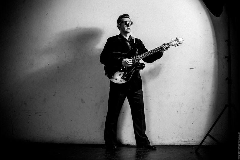 Gerard O'Donoghue, Roy Orbison impersonator.