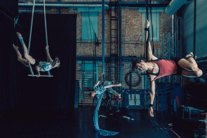 Circa acrobats Brisbane photographer